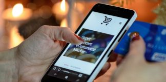 shopping on line e-commerce commercio acquisti